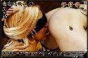 Verbundenen augen lesbe leckt ihre freundin muschi